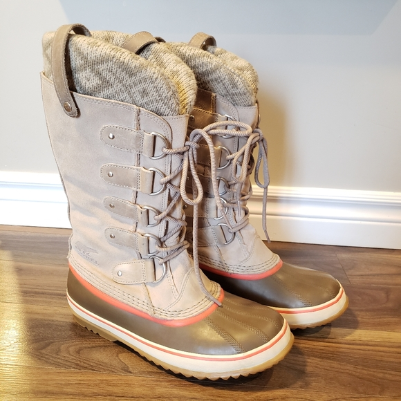 Sorel Joan of Arctic Knit Leather Boot size 10